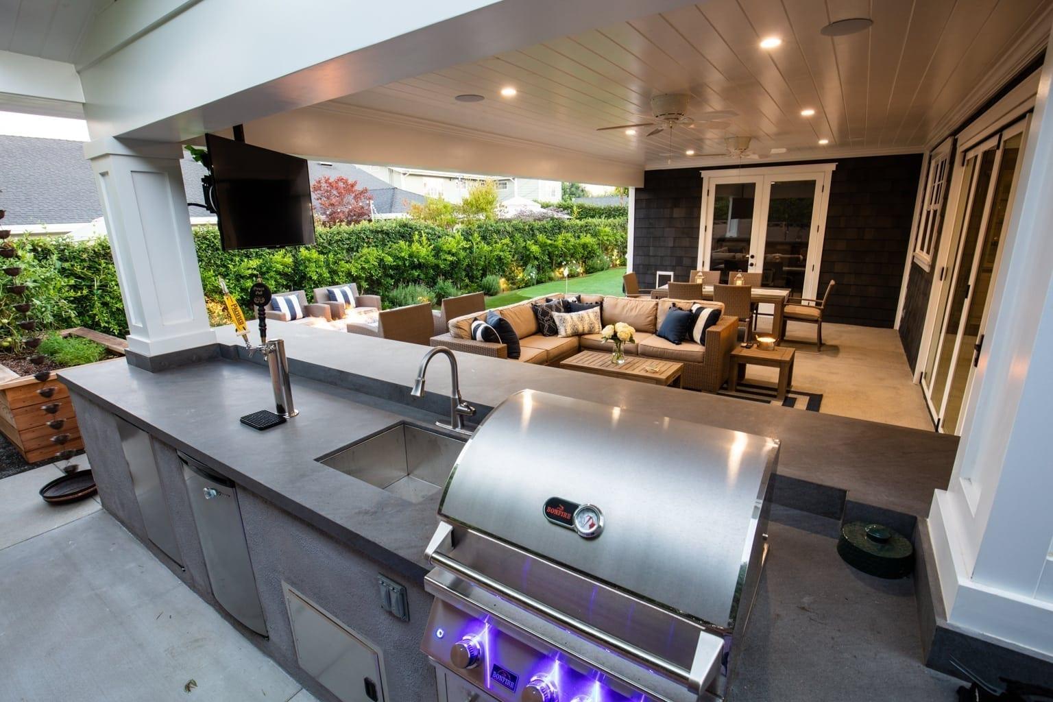 Amazing Outdoor Kitchen Manhattan Beach, CA