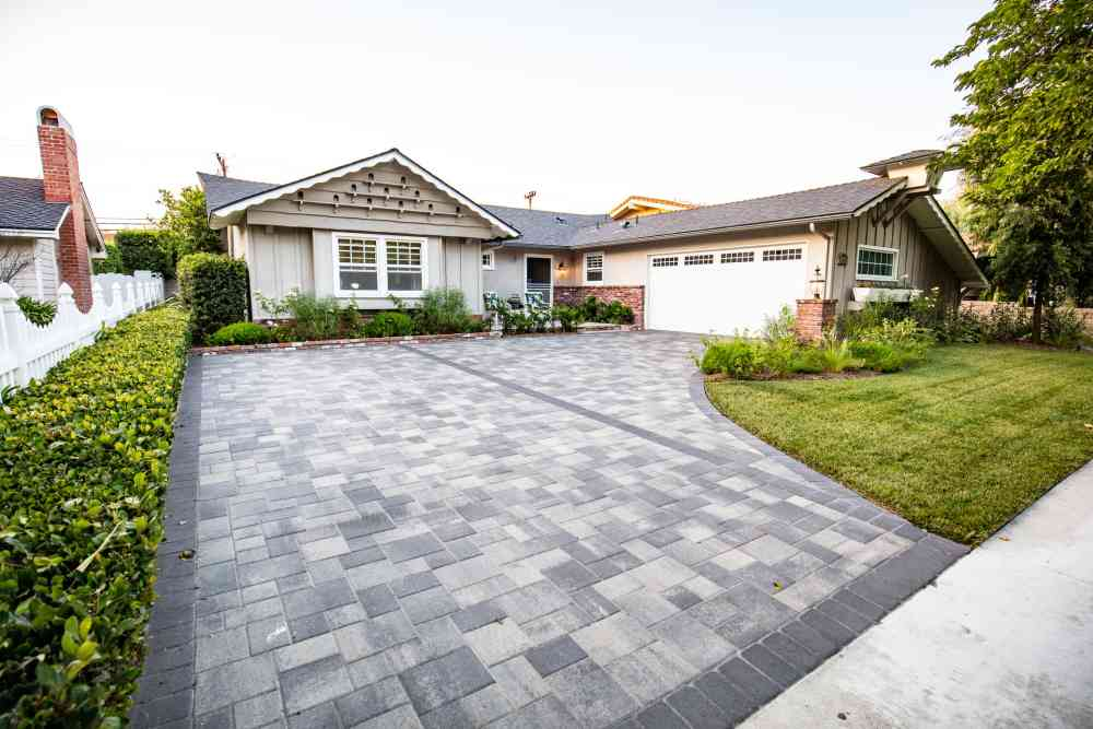 Paver driveways in Southern California